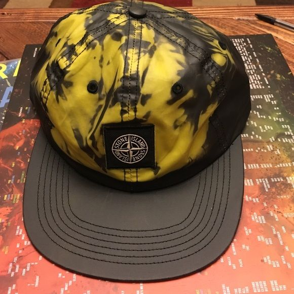 a852aaa97 STONE ISLAND x SUPREME 6 panel heat activated, colour changing 6 ...