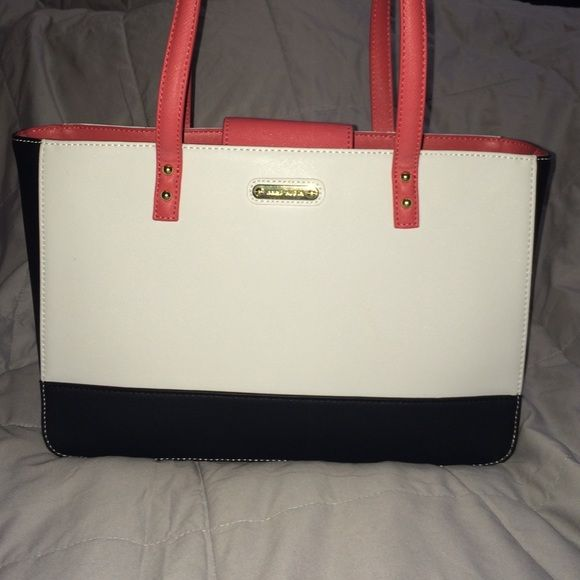 bbd4e379bb16 SALE *Authentic Anne Klein Purse This is a square structured back in  perfect condition