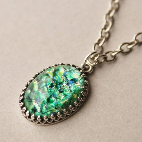 """BLUE /& GREEN VINTAGE HARLEQUIN FIRE OPAL NECKLACE 18/"""" CHAIN"""