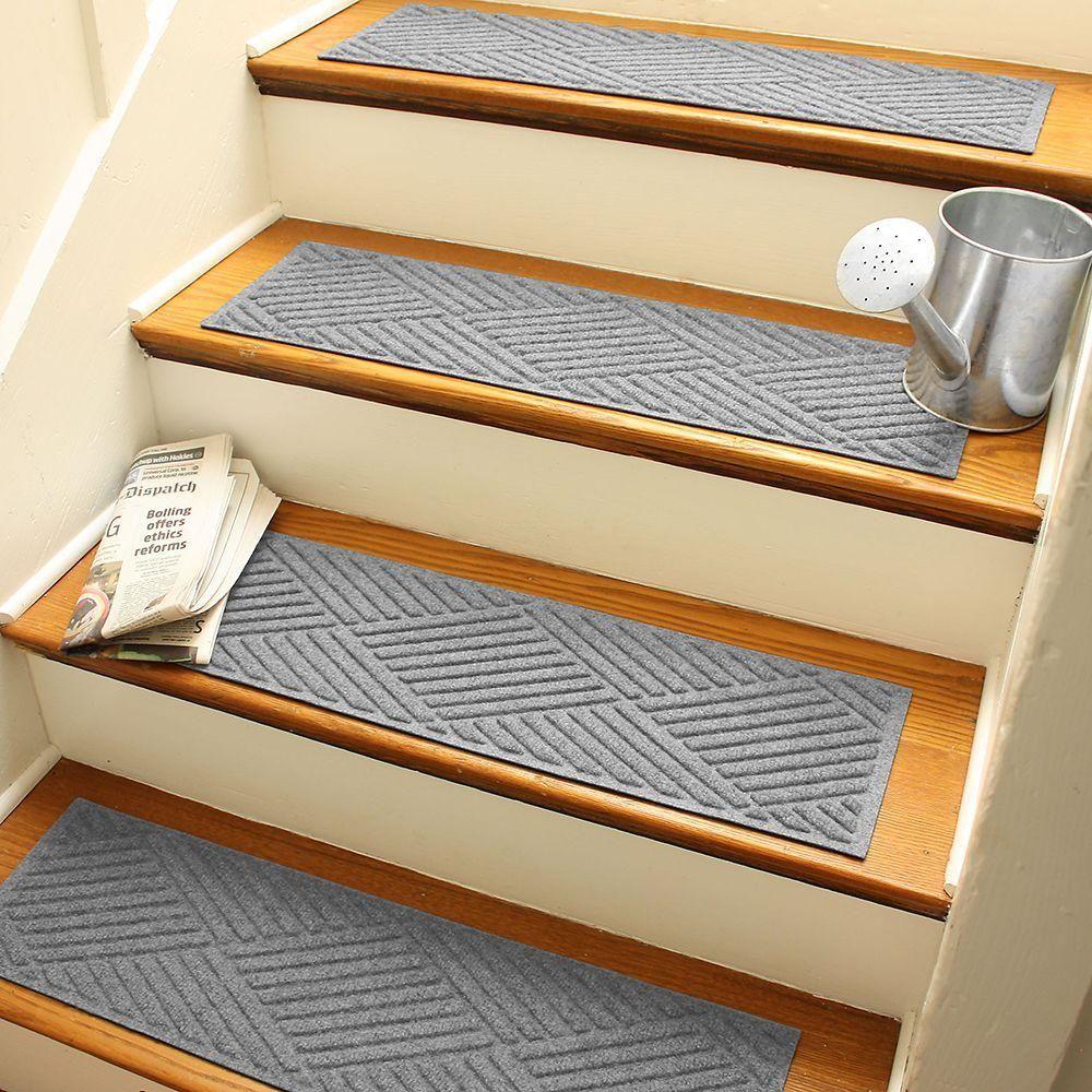 Best Aqua Shield Medium Gray 8 5 In X 30 In Diamonds Stair 640 x 480