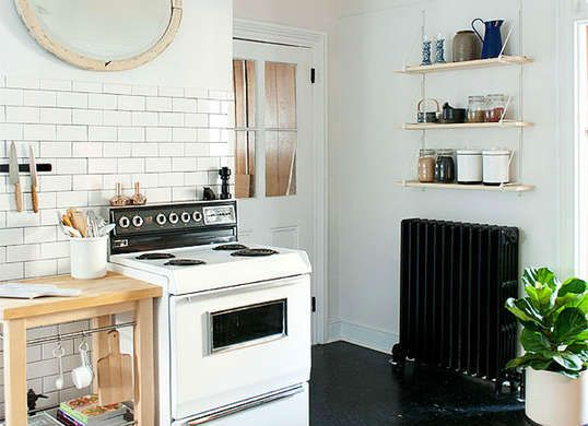 There's a lot you can do with small kitchens. Here are 18 ideas.