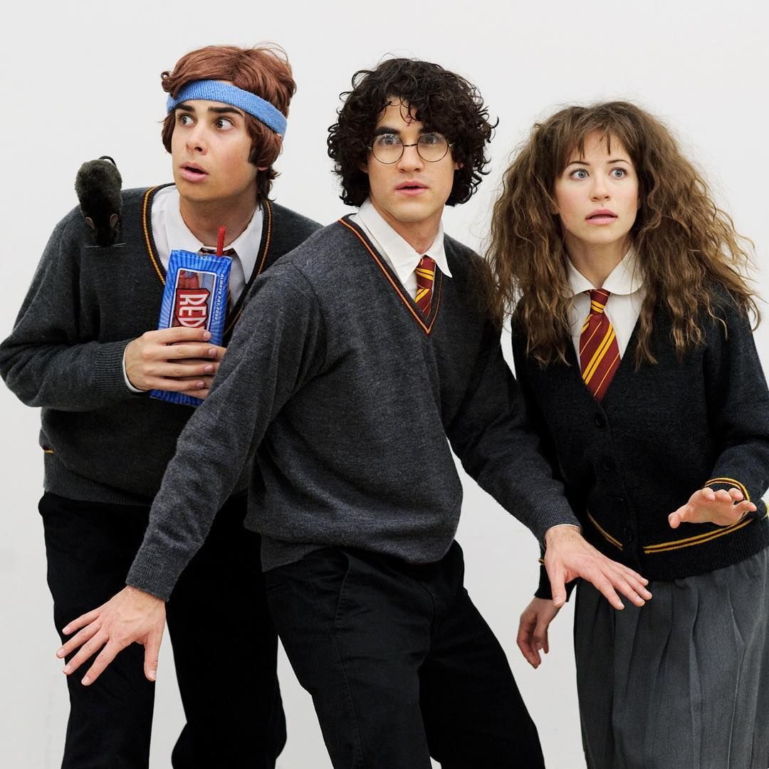 Repost Coreylubo I Didn T Know That Picking Up A Book Off A Random Table At Barnes And Noble Would Lead Me Harry Potter Musical Harry Potter Cosplay Starkid