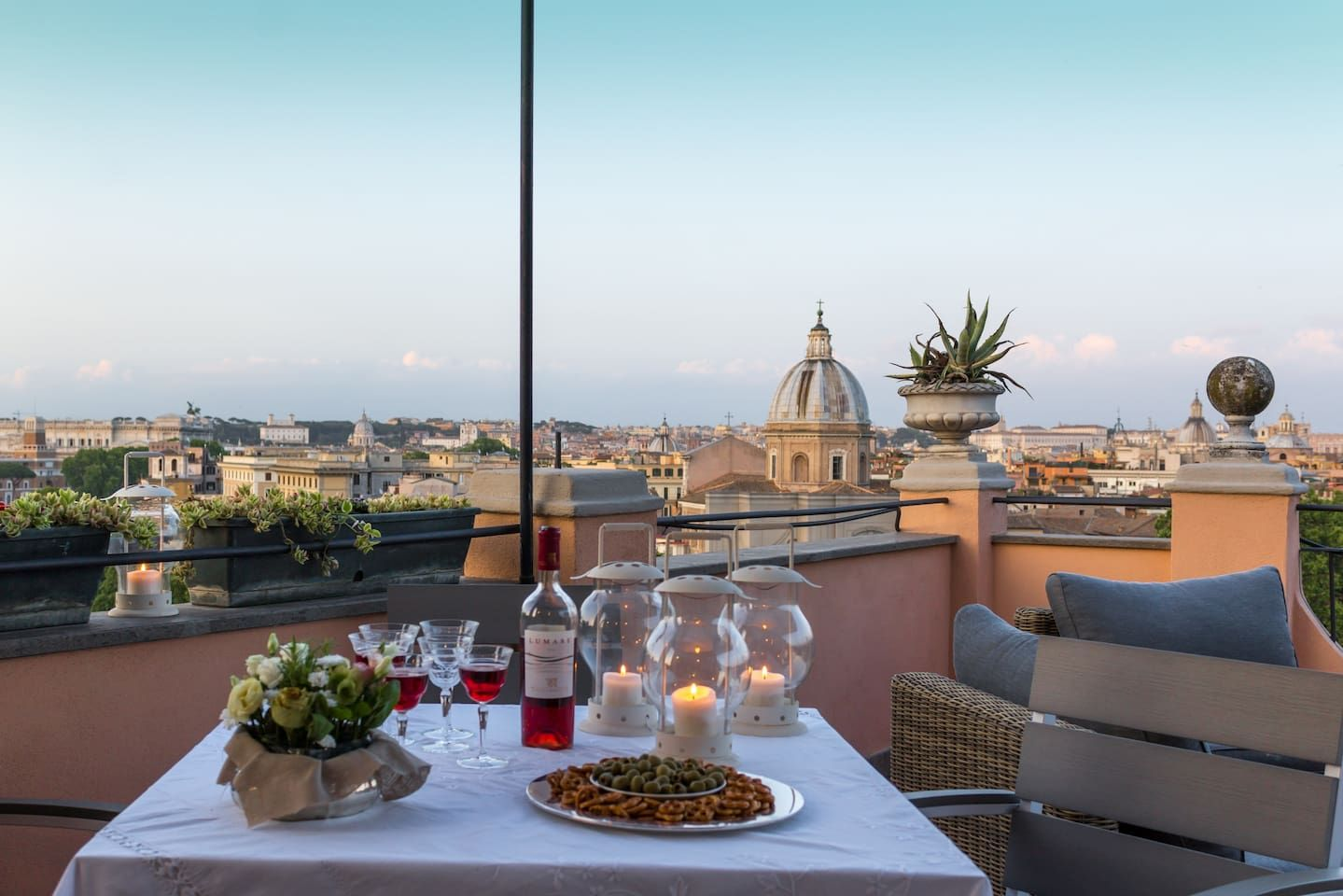 Sky Terrace With Fantastic Views Of Rome