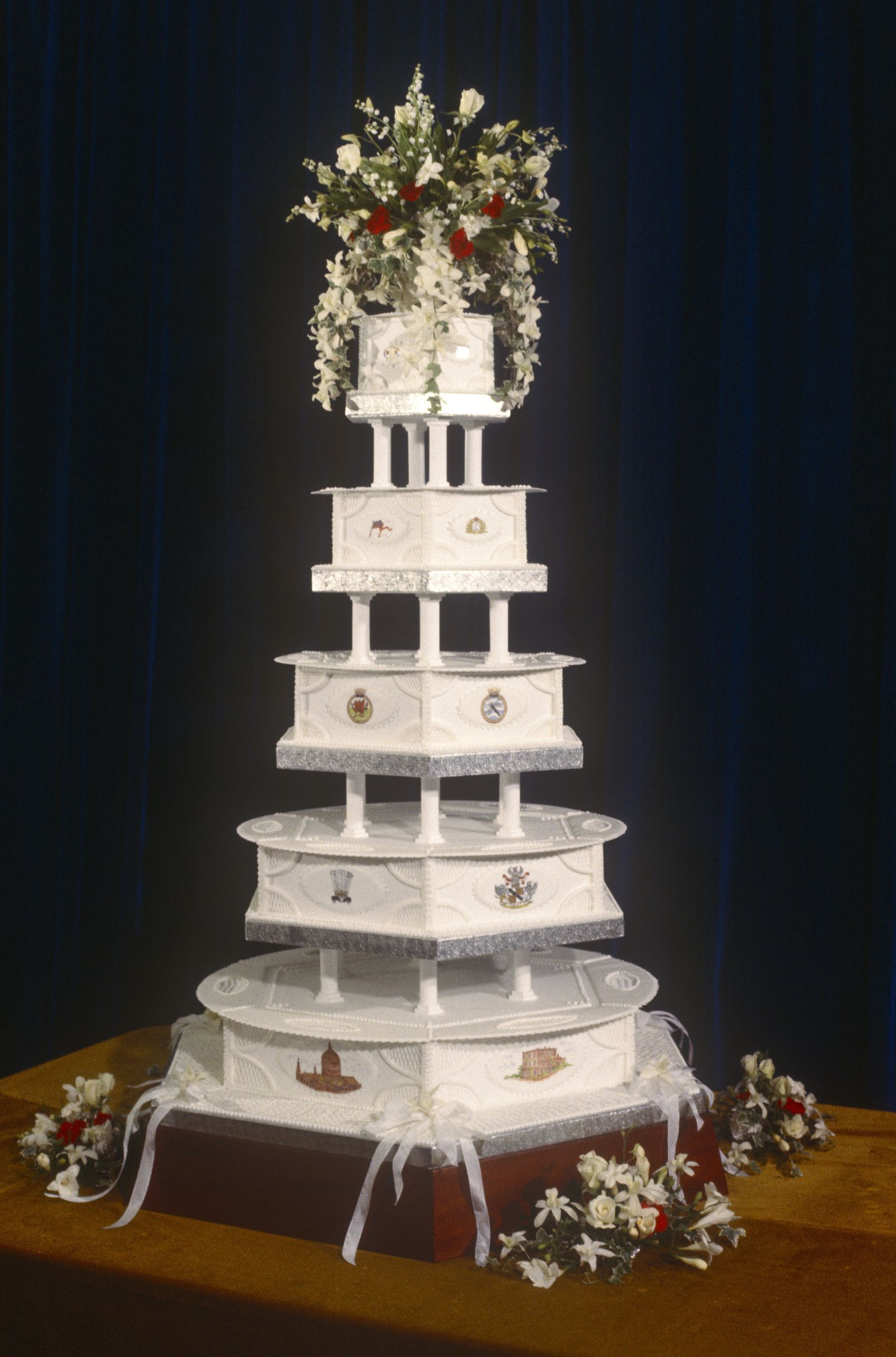 Prince Charles And Princess Diana S Wedding Cake Which Was Five
