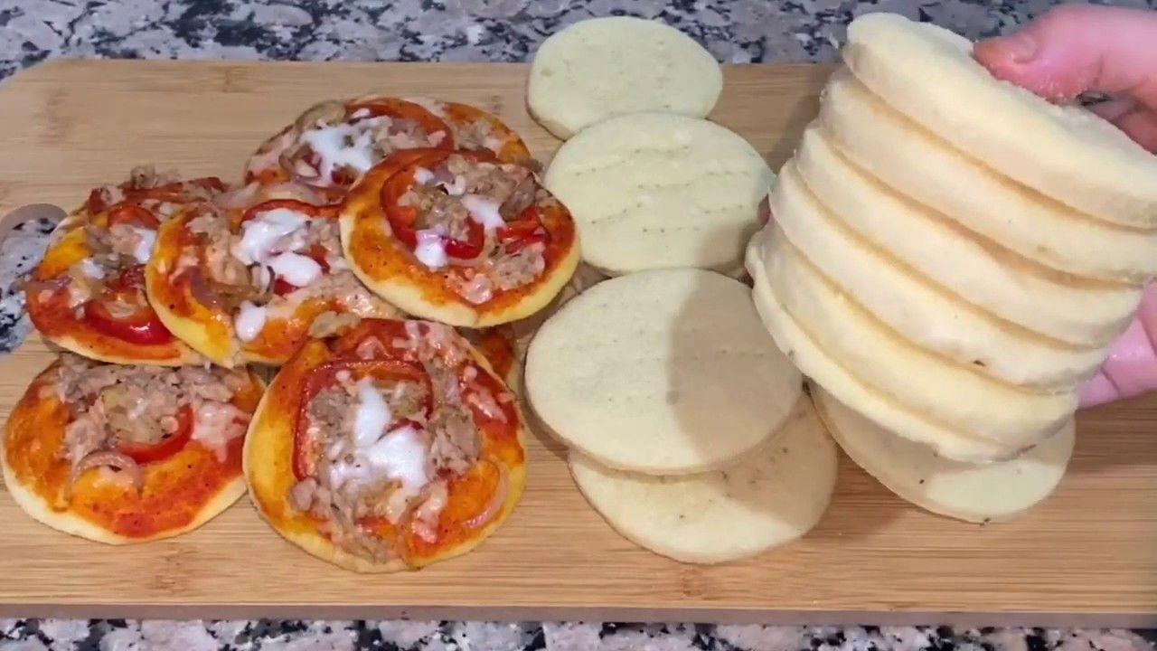 اروع بيتزا فردية شهيوة رمضانية بامتياز لذيذة جدا بطريقة سهل مع صلصة خاص Food Breakfast Cheese