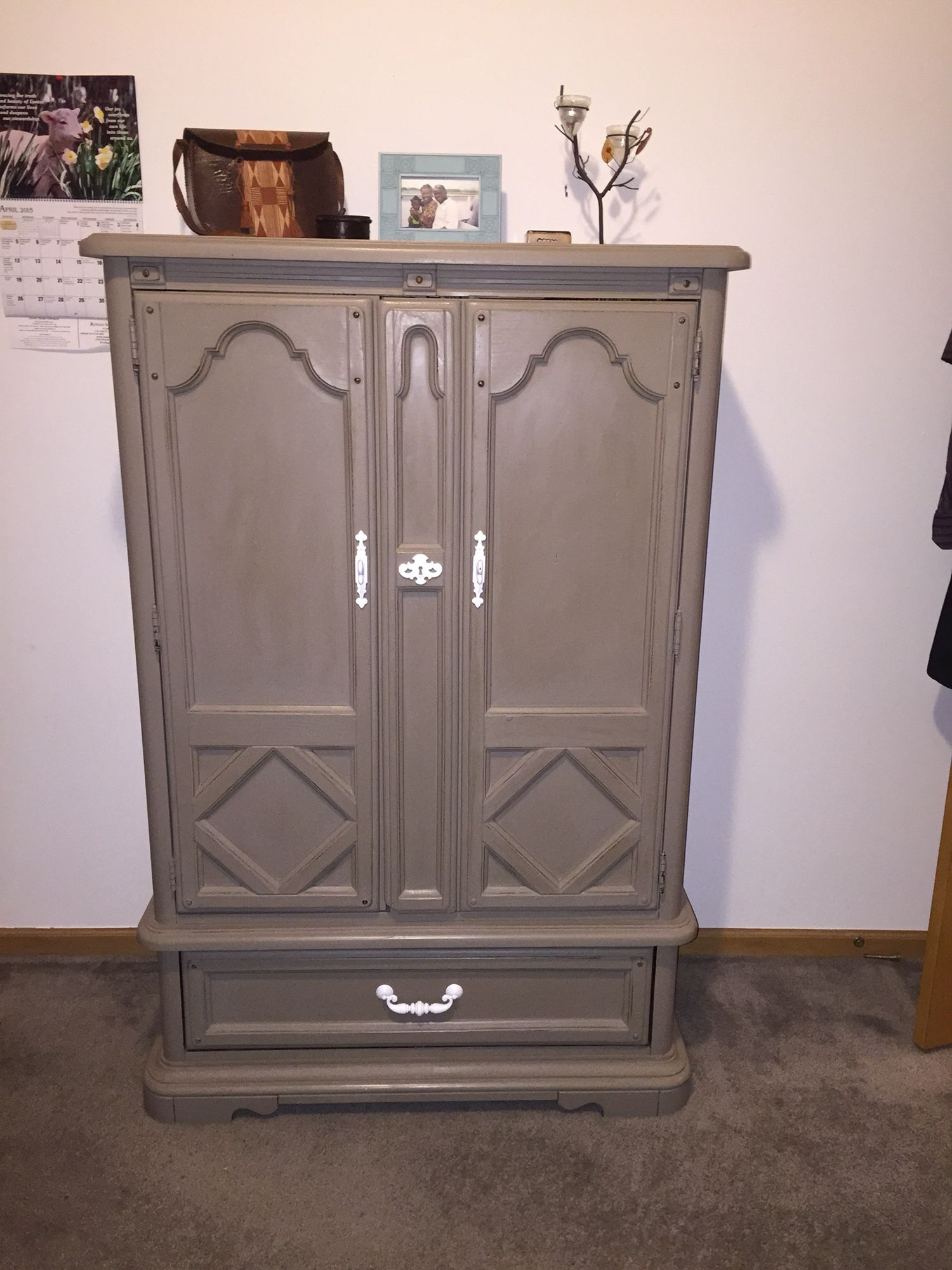 I just love to pick up these wonderful old furniture and turn them ...
