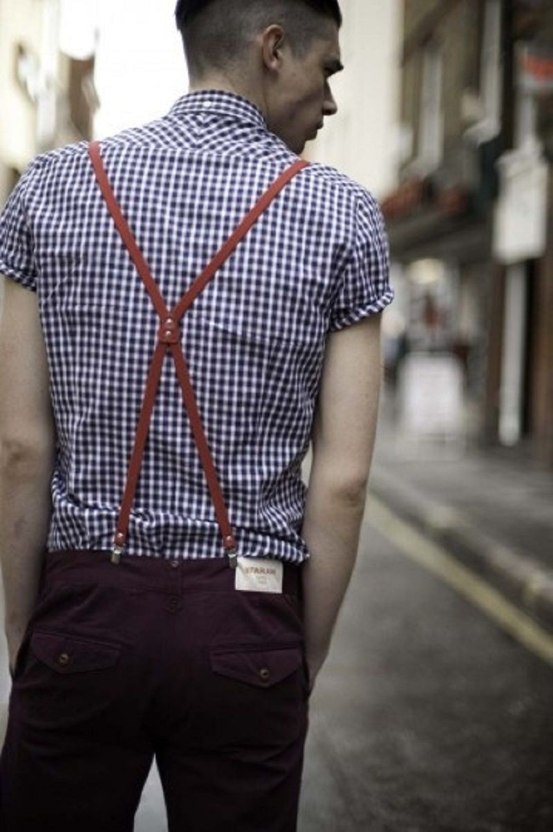 how to wear suspenders hanging down