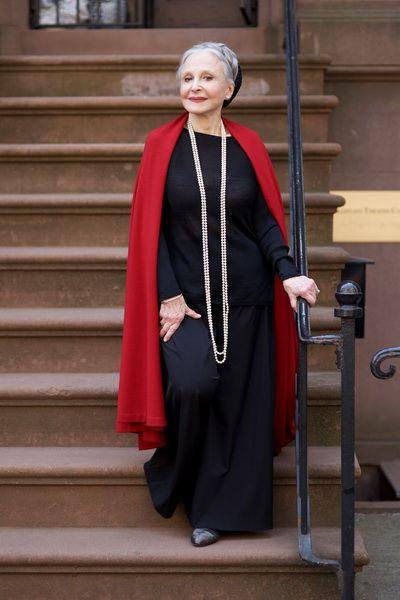 Как одеться полной женщине 60 лет (с изображениями ...