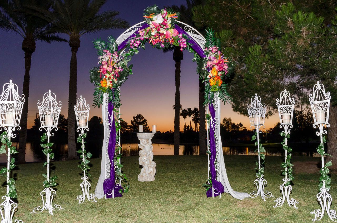 Backyard wedding decoration ideas on a budget for Outdoor wedding decorations on a budget