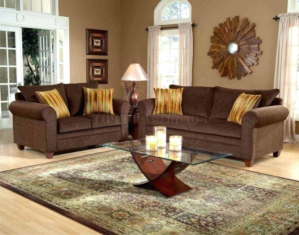 Turquoise is a great accent color to chocolate brown! # ...
