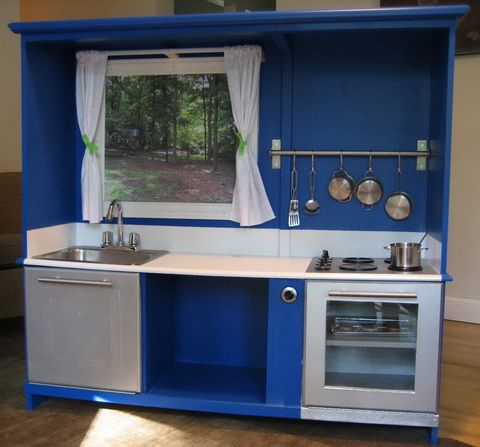 small kitchen w/sink cook top & oven