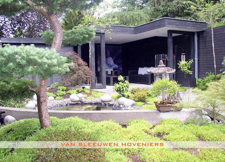 Overdekt terras tuin met overdekt zitgedeelte ontwerp aanleg door van sleeuwen hoveniers for Overdekt terras