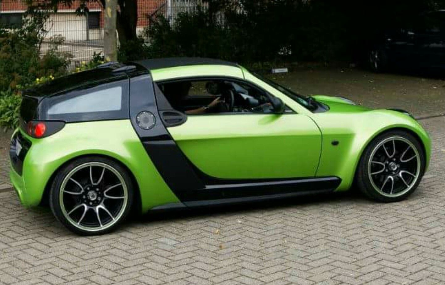 Pin by Vitalii Pan'ko on Smart Roadster | Smart roadster ...