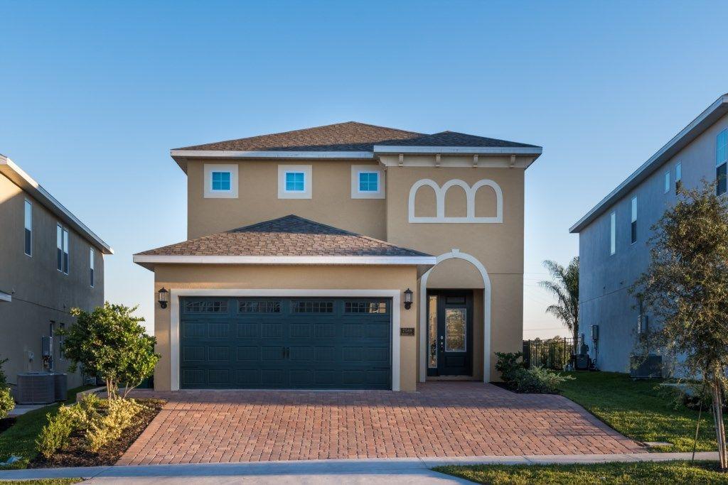 Encore resort homes 5 to 13 bedroom properties Orlando
