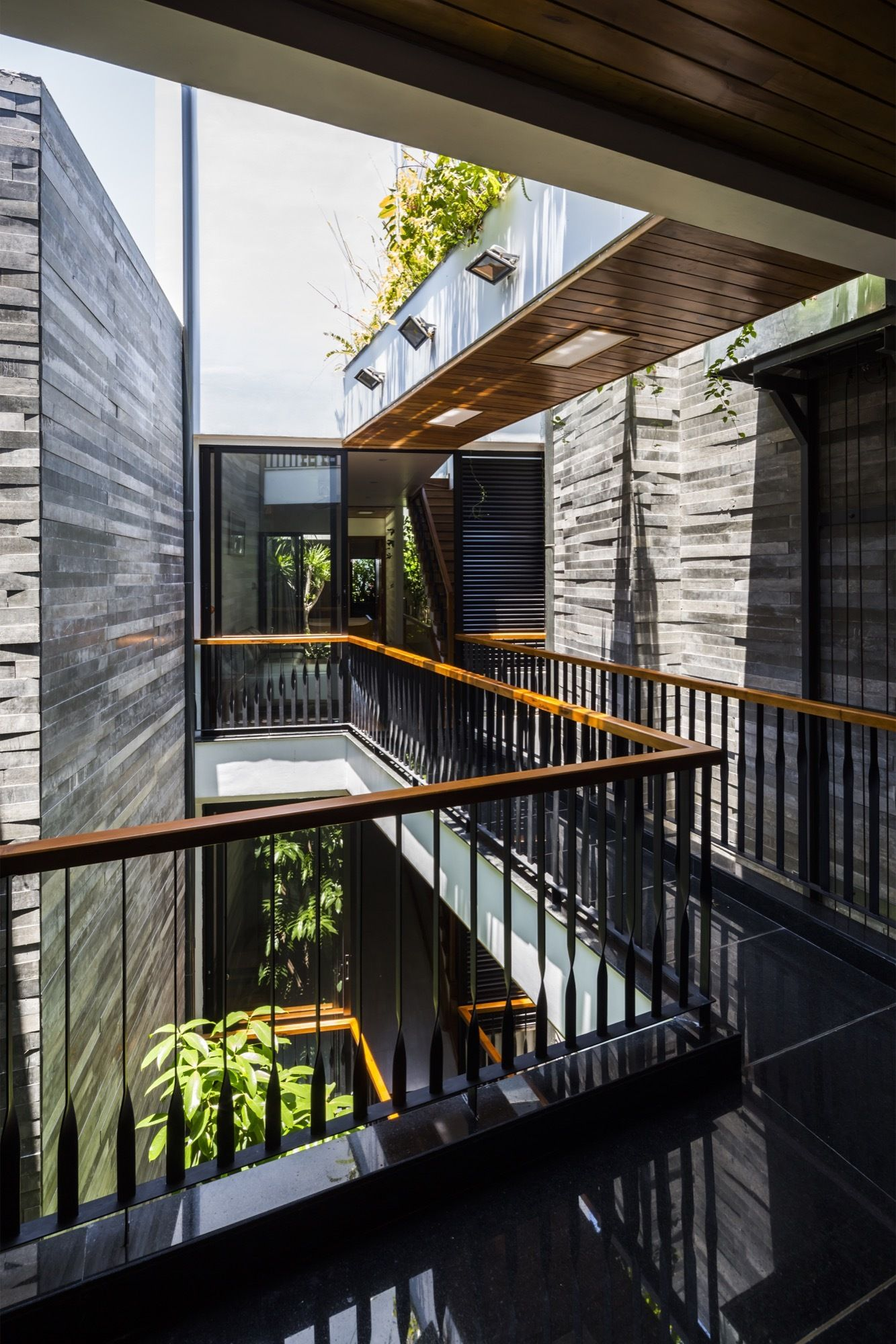 Gallery of Garden House / Ho Khue Architects - 14