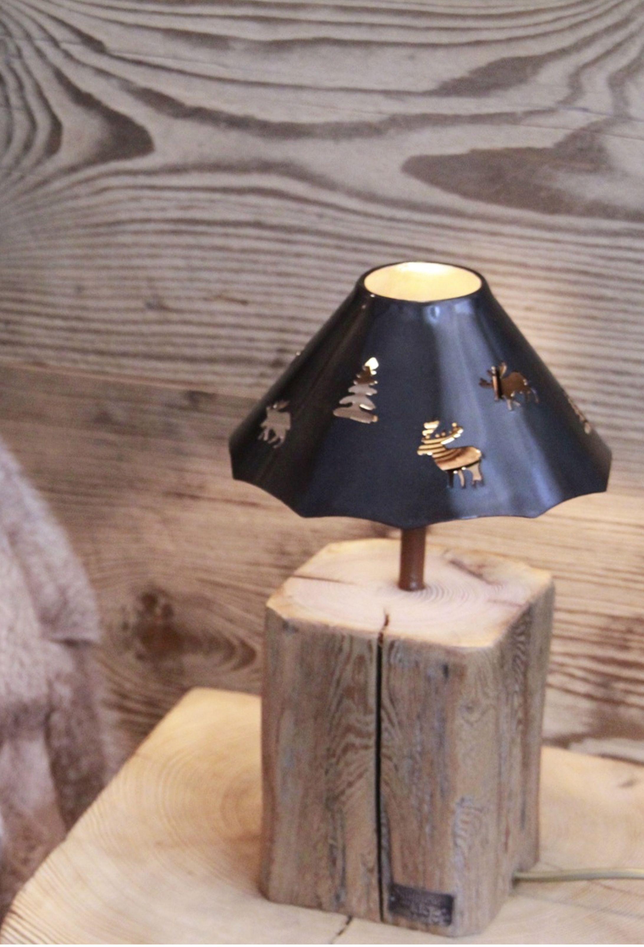 Fabriquer Une Applique En Bois petite lampe de chevet. pied vieux bois fabrication