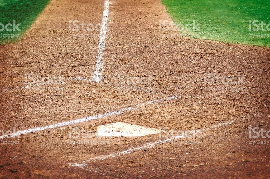 Home Plate On Grass And Dirt Baseball Playing Field Play Baseball Grass Field