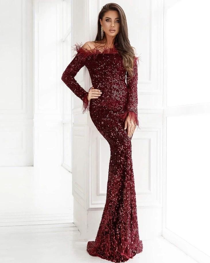 تفاصيل المنتج متوفر باللون العنابي ترتر أطراف مزينة بالفرو أكمام طويلة طول الكاحل 100 بو Long Sleeve Sequin Dress Midi Ruffle Dress Side Split Maxi Dress