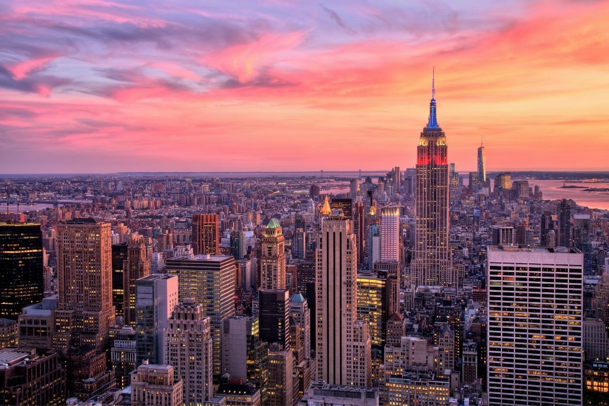 Top 10 Best Areas To Stay In New York City In 2021 New York Wallpaper City Wallpaper New York Sunset