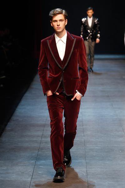 timeless velvet smoking Jacket :) daman.co.id