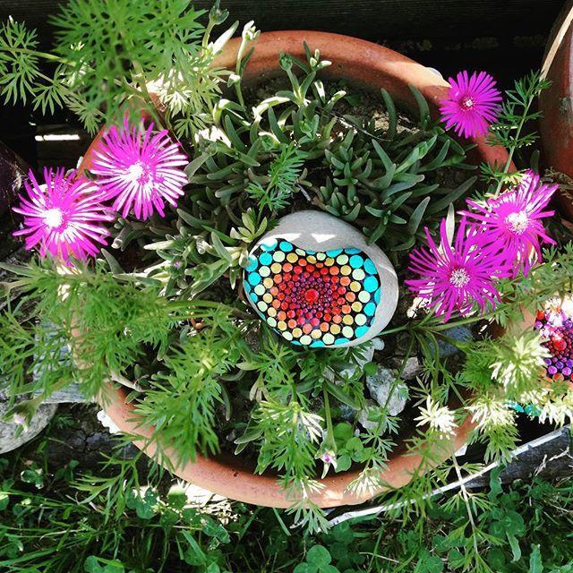 De l 39 amour en couleur pour mes fleurs - Mandala amour ...