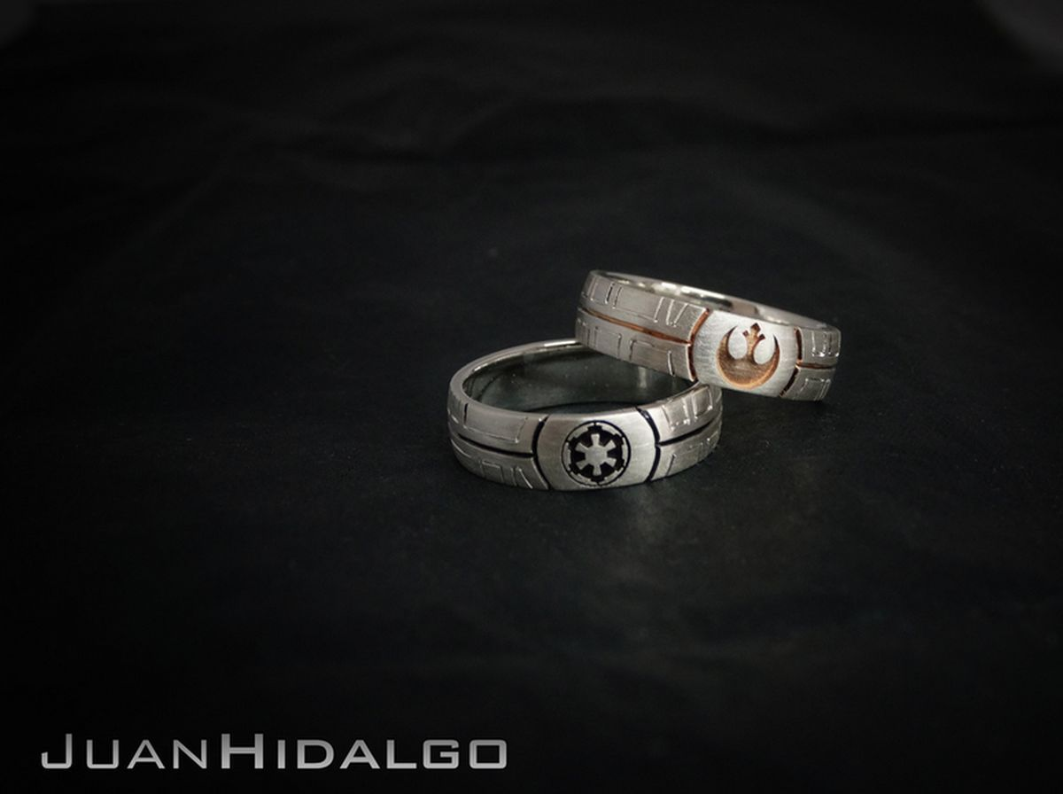 12 Gorgeous Engagement Rings For The Most Intense Star Wars Fans