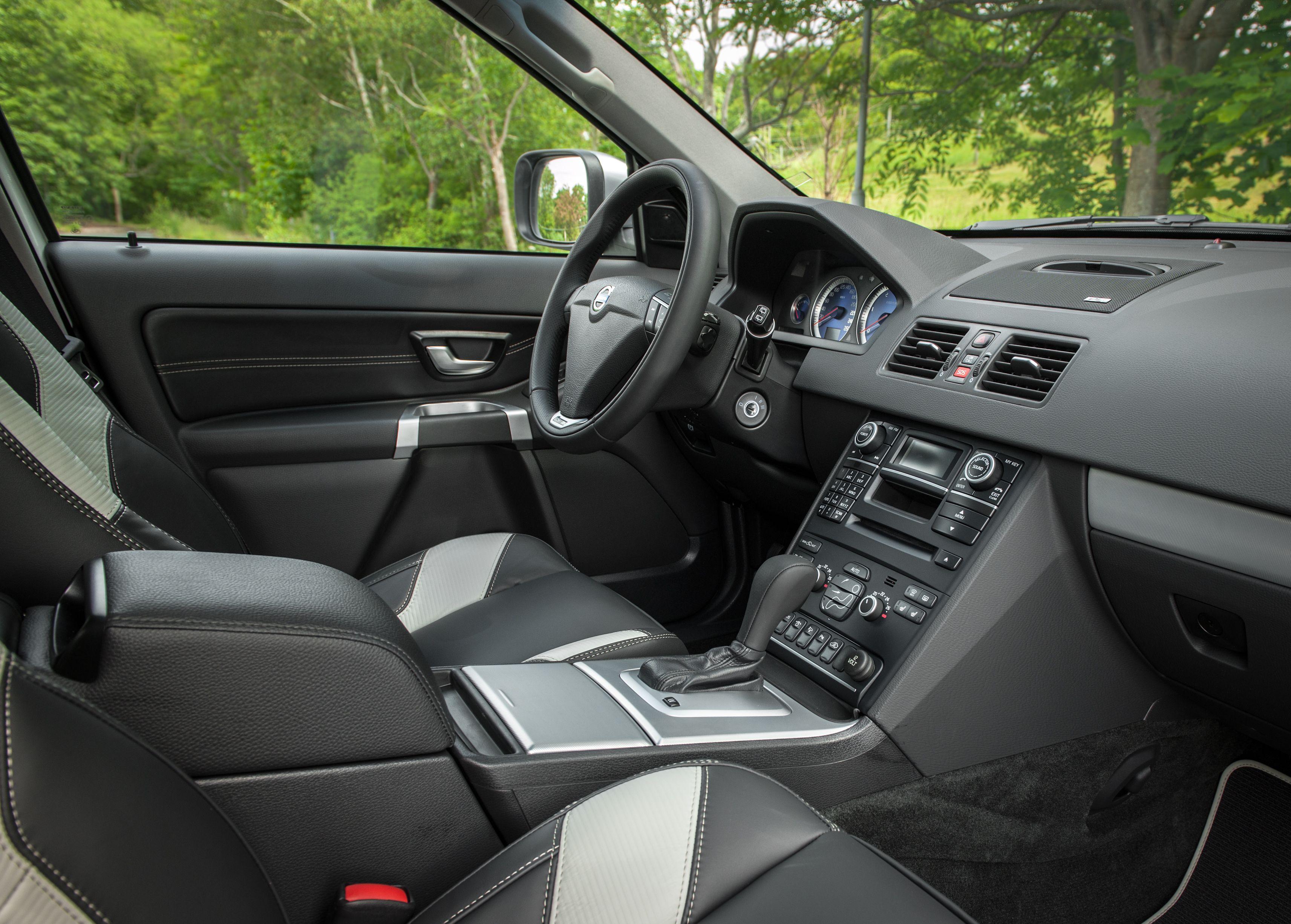 Volvo Xc90 R Design Interior