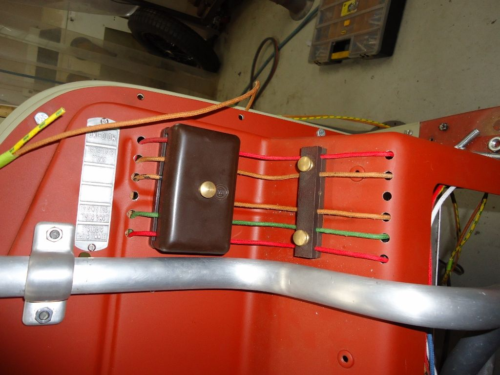 Passenger Side Firewall Showing The Gearbox Breather Tube And Bosch Fire Fuse Box Fusebox Alfa Romeo Monza Classic 8c