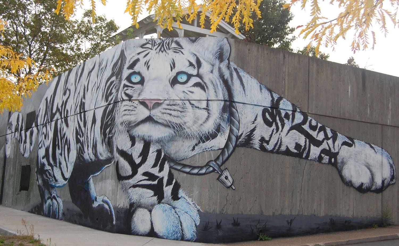 Graffiti art animals - Street Art