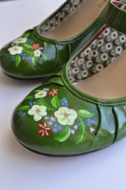 Shoe Makeovers Overload Painting Leather Shoes Leather Shoes Diy Upcycle Shoes