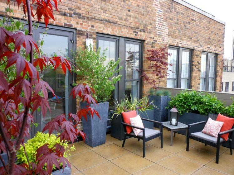 garten mit pflanzk beln gestalten auf einem balkon garten pinterest. Black Bedroom Furniture Sets. Home Design Ideas