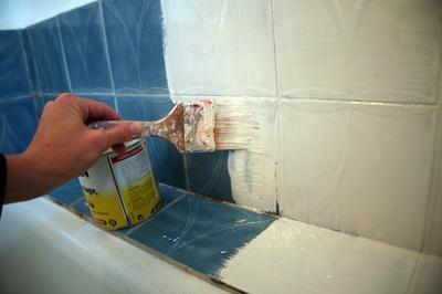Peindre du carrelage mural conseils pour la r alisation d 39 une peinture sur carrelage mural - Sous couche salle de bain ...