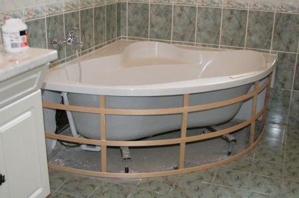 epingle sur tablier de baignoire