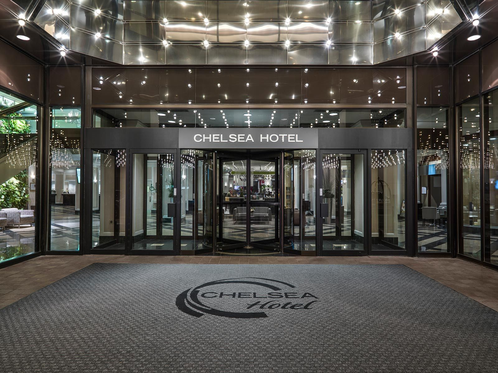 Image result for hotel entrance chelsea hotel toronto for Hotel entrance decor
