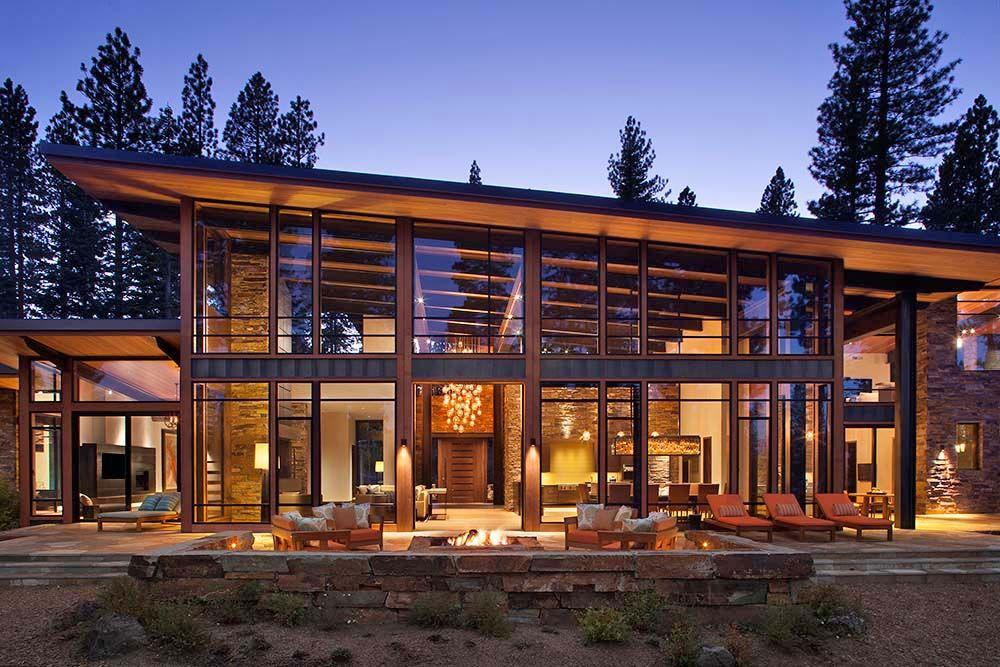 Fabulous Mountain Modern Retreat In The High Sierras Mountain Home Exterior Modern Mountain Home Rustic Home Design