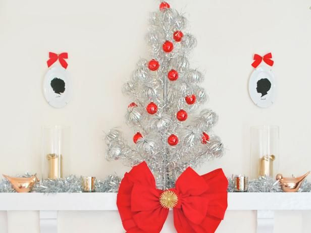 Modern Christmas Decorating Themes