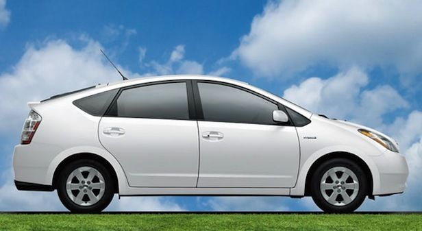 Most Hybrid Owners Do Not Buy Another Hybrid Toyota Prius