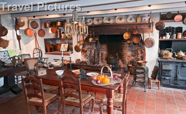 Plantation Kitchen House inside old farm houses | , darrow, houmas house plantation and