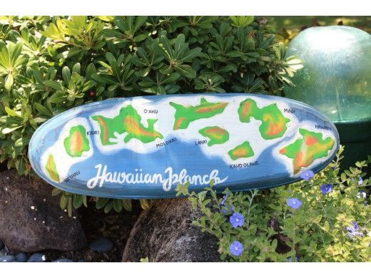 "Hawaiian Islands Chain 24"" - Hand Painted & Carved"