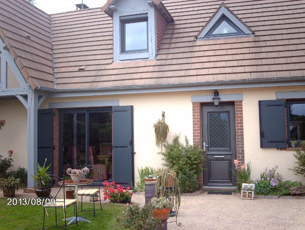 Porte d 39 entr e aluminium grille ath na bel 39 m concours photos maisons exceptionnelles - Bel m porte d entree ...