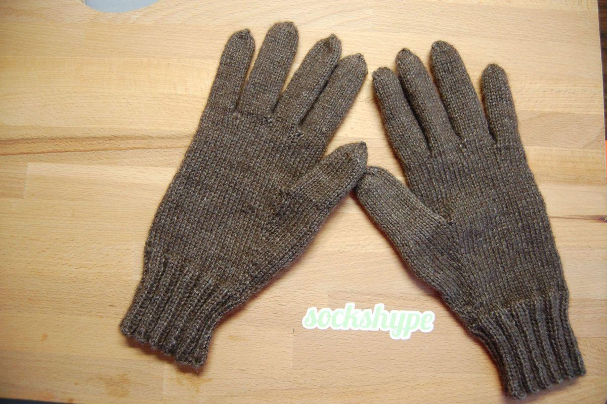 Handy-Handschuhe Anleitung: Handy-Handschuhe stricken kuschelige ...