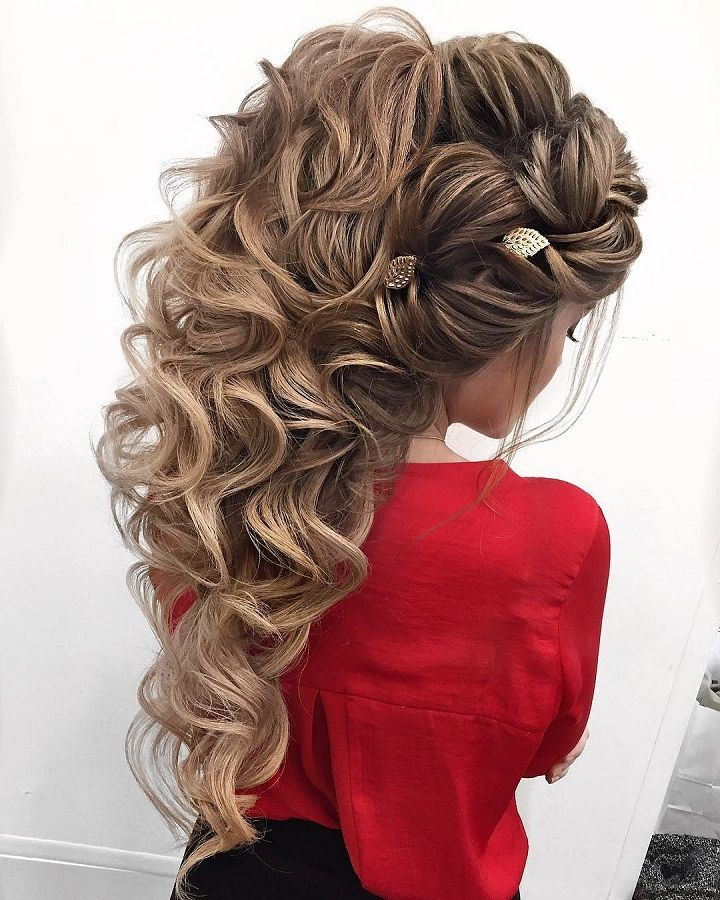 Gorgeous swept back hairstyle inspiration,bridal hairstyles