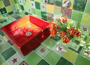 Piastrella da bagno a muro in terracotta lucidata vert tige