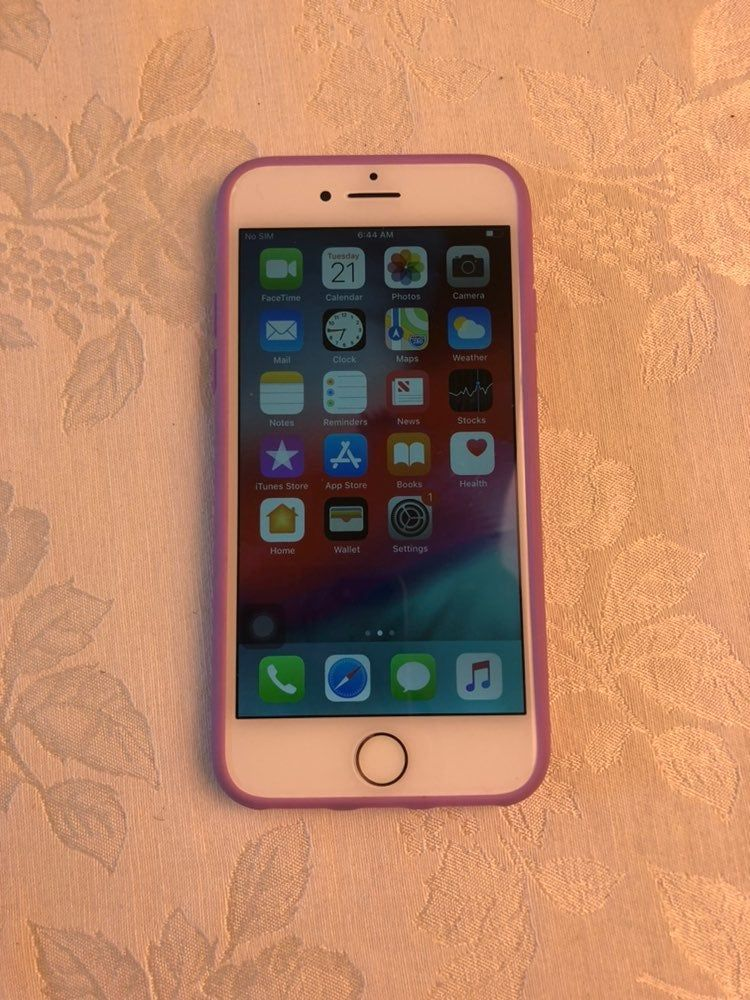 iPhone 7 Rose Gold Unlocked 32gb Minor scratches and