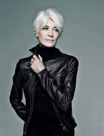Cheveux gris et blancs, la bonne coupe pour les sublimer