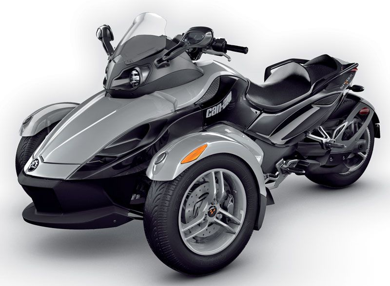 The Can Am Spyder 3 Wheeled It Cool Not A Huge Fan Can Am Spyder Three Wheel Motorcycles Motorcycle Design