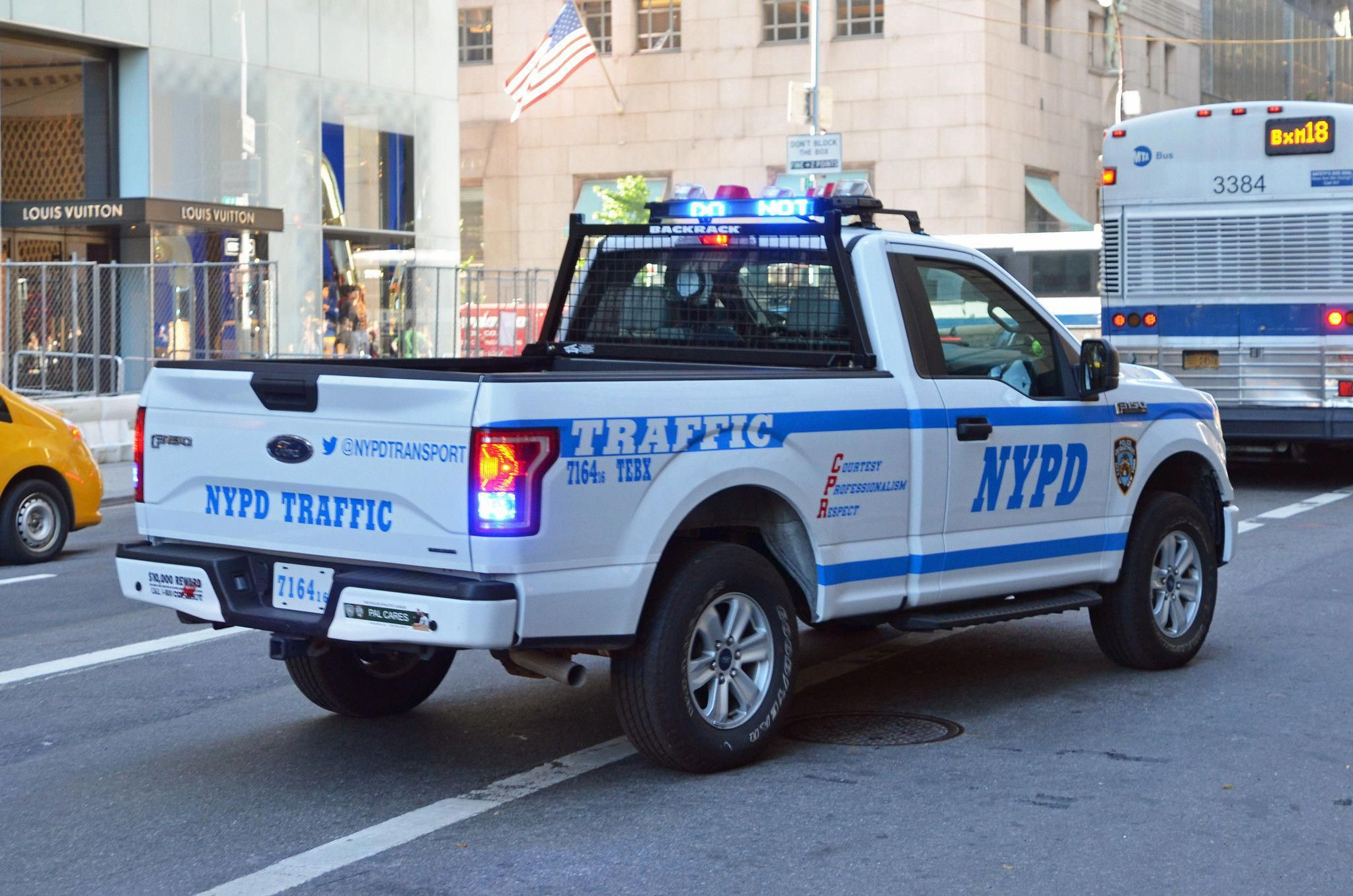 Trucks Accessories In 2020 Police Truck Old Police Cars Nypd