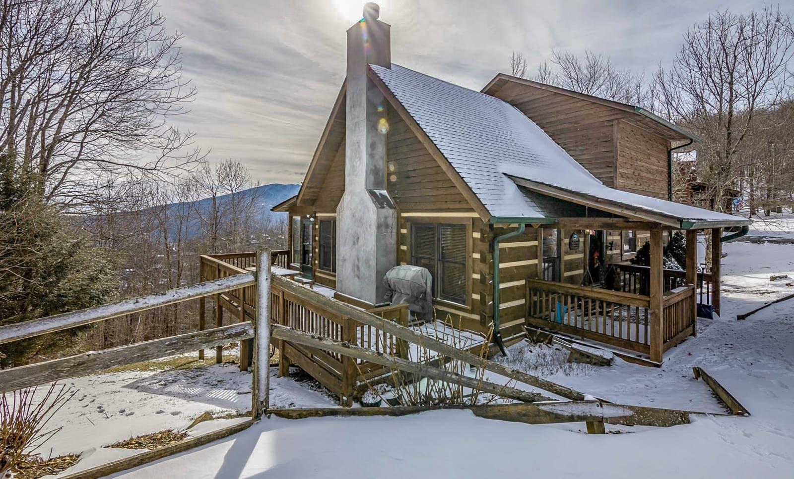 Carolina Cabin Rentals Mountain Memories In Boone Banner Elk Nc Cabin Rentals Cabin Hot Tub Outdoor