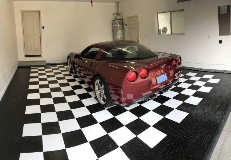 Paul's Racedeck Floor Garage
