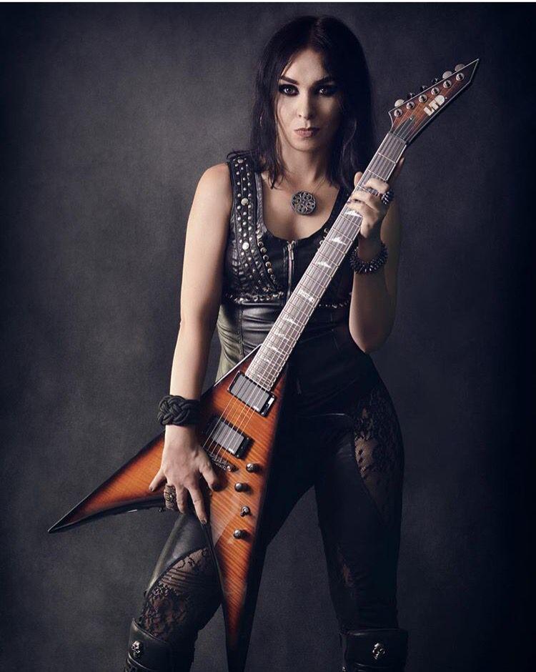 Marta Gabriel - Crystal Viper | Rock and roll girl, Female guitarist,  Female musicians